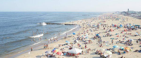City Council Roves No Beach Badge Fee Increases